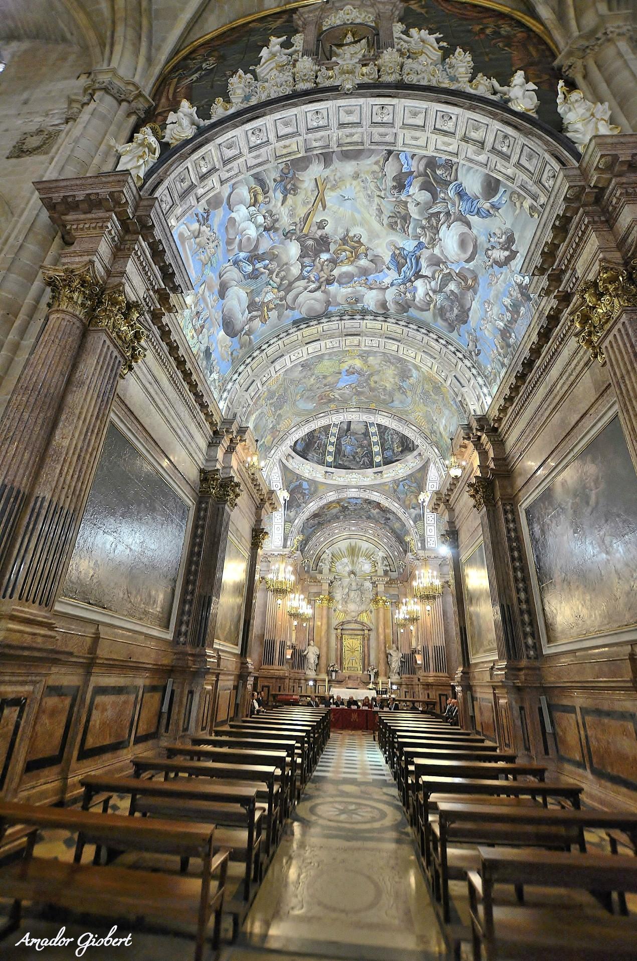 Conferència i visita guiada per conèixer els  frescos de la Reial Capella de la Cinta  el dissabte 31 d'agost
